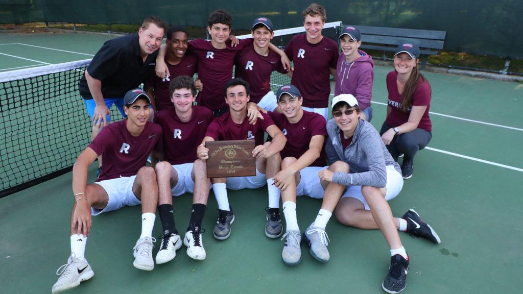 The 2019 boys varsity tennis team.